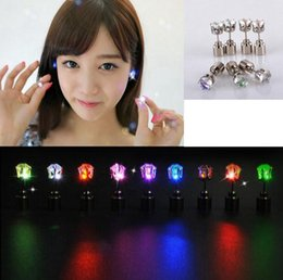 Wholesale Light Up Earrings Wholesale - LED Flash Earrings Flash Lighting Up Bling Ear Studs Earrings Club Party Cool Earring Gift OOA2950