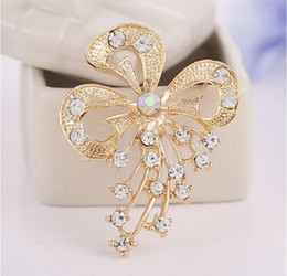 Wholesale Gold Rhinestone Brooch Buckle - Fashion Jewelry Brooches Gold Tone Butterfly Bow Crystal brooch scarf buckle Shawl buckle Rhinestone brooches X00090