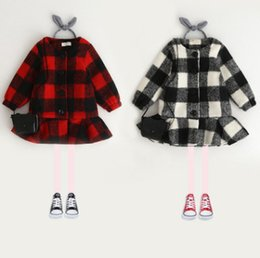 Wholesale Trench Coats Rounded Collar - Winter children woolen parka fashion new girls plaid thicken trench coat kids round collar single breasted falbala princess outwear R1087