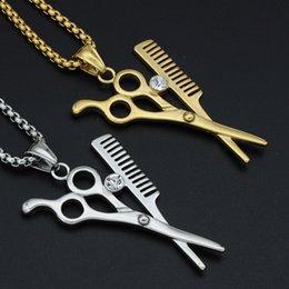 Collar de Hip Hop chapado en oro tijeras peine peluquero hoja de afeitar Iced Out colgante caja redonda cadena 60 cm desde fabricantes