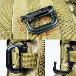 Wholesale plastic d rings - MOLLE ITW Nexus GrimLoc D-Ring Locking Clips Hollow Out Plastic Buckle Clasp Keychain 4 Colors for Optional A293