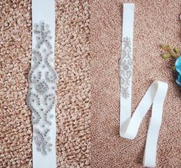2019 images robe de mariage ceintures 2017 New Rhinestone Cristal Perlé Robe De Mariée Ceintures Images Réelles Blanc Beige Ceinture De Mariage Pas Cher Ceinture De Mariage De Ceinture images robe de mariage ceintures pas cher