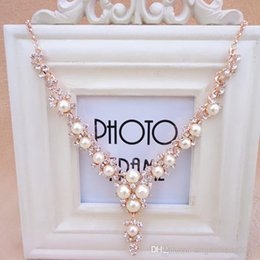 Wholesale Crystal Pendant Fake - V-shaped necklace Rhinestone Pearl Accessories Fake collar Decoration Necklace Clavicle chain X355