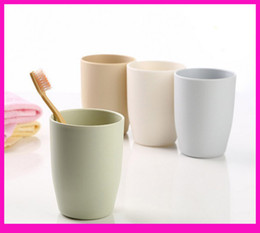 Wholesale Green Toothbrushes - 4 colors Plastic Lover Cup Mugs 201-300ml Simple fashion gargle suit plastic brush my teeth cup lovers new toothbrush wash wash gargle water