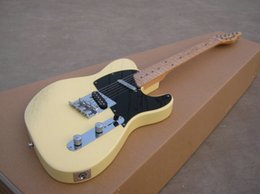 Wholesale Thin Electric Guitar - Best Selling ST electric guitar solid thin cream yellow color ,maple neck,chrome parts!