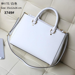 Wholesale m messenger - M new Women bags leather Messenger bag Shoulder Bag designer handbags bags women famous brands bag