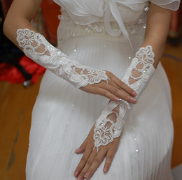 Wholesale Ivory Elbow Lace Fingerless Gloves - 2016 Hot Sale Bridal Accessories White Ivory Fingerless Lace Beaded Bridal Wedding Gloves Cheap Price High Quality Below Elbow Length Gloves