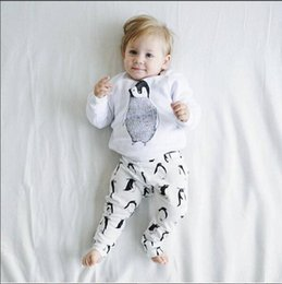 Wholesale Penguin Suits - Wholesale INS Babies Outfits & Sets Clothing Baby T-shirts Suit Long Sleeve Cartoon Penguin Cotton T-shirts Trouser Clothes Free Shipping