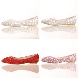 appartements nuptiaux roses Promotion Talon plat Bout Pointu Chaussures Coloré Strass Chaussures De Mariée Appartements De Mariage Chaussures De Mariée Argent Rouge Rose Couleur Parti Danse Chaussures