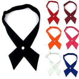 Moda Unissex Cross tie bowknot personalidade Escola laço gravata cruz fivela gravata frete grátis 100 pçs / lote de Fornecedores de listras brancas pretas gravata