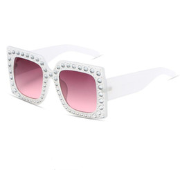 Wholesale Pink Rhinestone Sunglasses - Sunglasses women pink crystal fashion glasses brand designer 2017 high quality polarized sunglasses luxury rhinestone vintage sunglasses