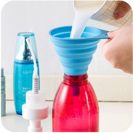 Wholesale Mini Silicone Collapsible Funnel Foldable Funnel for Liquid Transfer