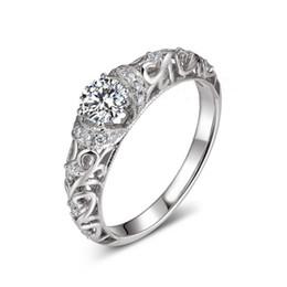 Anéis barrocos on-line-Clássico 925 Sterling Silver Híbrido Simulado Anel De Casamento De Diamante Com Elegante Padrão Barroco