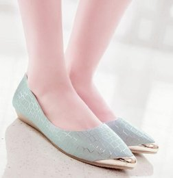 Wholesale Korean Party Wedges Heels - Spring and summer fashion shoes with elegant Korean pointed flat with shallow low metal wedges Dichotomanthes end shoes