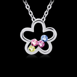 Wholesale German Flowers - You are My Only One Fashion Design German Polishing Technology Hand Inlay Austria Colordul Crystal Flower Pendant