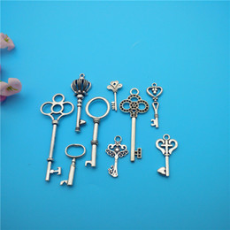 Wholesale Key Jewelry Components - Mixed Tibetan Silver Key Charms Pendants Jewelry Making Bracelet Necklace Fashion Popular Jewelry Findings & Components Accessories DIY V171