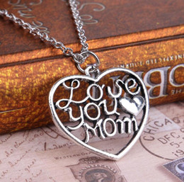 Wholesale East Feature - 2017 Great Love Simple Heart-shaped Necklace Mom Mother's Day Featured Peach Heart Necklace