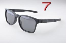 Fahion glasses онлайн-Новые мужские поляризованные солнцезащитные очки Fahion TR90 Frame мужские спортивные солнцезащитные очки Catalyst солнцезащитные очки 9272 для мужчин Наружные очки Drive солнцезащитные очки