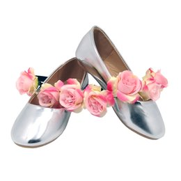 Wholesale Toddlers Pink Dress Shoe - 2016 Childrens' Silver Pink Champagne Black Metallic PU Leather Ballerina Dresses Shoes for Toddler Girls Wedding Party Zapatos Bebe