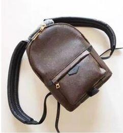 Wholesale Genuine Leather Flower Purse - 2017 Wholesale Genuine leather fashion famous back pack shoulder bag handbag presbyopic mini package messenger bag mobile phone purse 41560