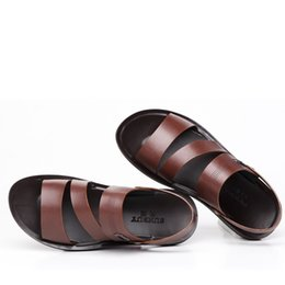 Wholesale Thong Beach Slides - New Summer Men Cow Leather Casual Top-Thong Pee Toe Flat Slides Shoes Breathble Roman Sandals Beach Shoes