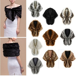 Wholesale Winter Bridal Fur Coats - Luxurious Ostrich Feather Bridal Shawl Fur Wraps Marriage Shrug Coat Bride Winter Wedding Party Boleros Jacket Cloak
