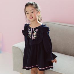 Wholesale Dress Clothes Korea - New Arrival Girls Dress Long Sleeve Cotton Flower Embroidered Puff Sleeve Kids Clothes Korea Girl Party Dress Navy Blue WHite A7531