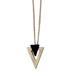 Wholesale Vintage Rhinestone Costume Jewelry - Fashion Accessories Elegant Gold Color Vintage Geometric Triangle Pendant Short Necklace Wholesale Costume Women's Jewelry Bijoux