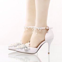 Wholesale Satin Shoe Pearl Ankle Strap - Handmade Satin Bridal Wedding Shoes with Rhinestone Buckle Straps Formal Dress Shose Pointed Toe Bridesmaid Shoes Party Pumps