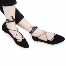 Wholesale Wedding Dresses Soft Elegant - Fashion Dress Shoes Women Ballet Flats Shoes Elegant Summer Hollow Lace Up Suede Pointed Toe Flats Soft Shoes for Girls Sapatos Feminos 1B