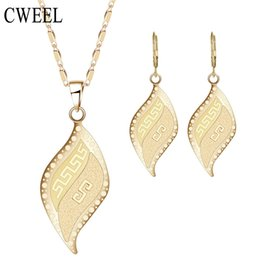 Wholesale Jade Beads Jewellery - CWEEL Jewelry Set For Women Wedding Bridal Leaves Necklace Earrings Jewellery Dubai African Beads Party Holiday Accessories
