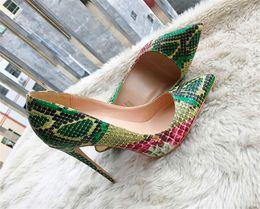 Saltos altos da serpente verde on-line-Frete grátis real foto moda feminina bombas verde ponto de impressão de cobra toe saltos altos botas de salto fino de couro genuíno sexy senhora bombas