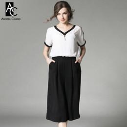 Wholesale Womens Collar Top Xs - Wholesale- spring summer runway designer womens jumpsuit white top v-neck black border collar sleeve loose pants casual work brand jumpsuit