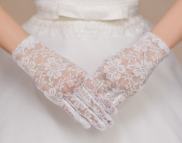 Wholesale New Style Gloves - 2017 Hot sell New style white lace full finger short gloves Bridal gloves Wedding accessories yzs168