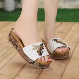 Wholesale Drop Shipping Name Brand - Real leather brand name bees embroidery women lady platform sandals newest shoes free drop shipping G1950