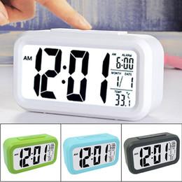 Ночной свет белый / зеленый / синий / черный смарт-большой экран LED AAA повторяя ленивый немой низкой освещенности датчик цифровой будильник от