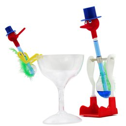 blue toy glasses Promo Codes - 1pcs Large + 1pcs Little Drinking Bird Toys Set For Kids Gifts Retro Glass Dippy Bobbing Birds Children Novelty Funny Toy