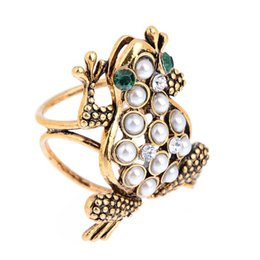 Wholesale Silk Scarf Clips - New Design Pearl Cute Frog Scarf Clip Brooches for Women Wedding Party Trendy Fancy Silk Holder Best Gifts Wholesale