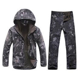Wholesale Cp Camouflage - Winter Autumn Waterproof Shark Skin Softshell Jacket Set Men Tactical CP Camouflage Jacket Coat Camo Military Army Clothes Suit