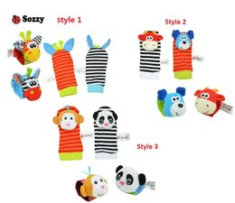 Wholesale infant socks rattles - New arrival sozzy Wrist rattle & foot finder Baby toys Animal Baby Infant Kids sock Foot bracelets Rattles Toys Developmental Soft Sozzy