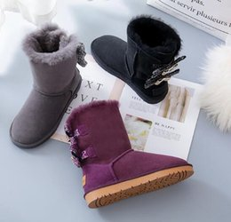 Wholesale Tall Women High Heels - wholesale! Free shippin New hot sale Fashion Australia classic tall BGG winter boots real leather Bowknot women's snow boots shoes with gift