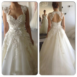 Wholesale Hot Arabic Wedding Dresses - 2016 Vestidos De Noiva Arabic A Line Tulles Wedding Dresses with Romantic Lace Flowers Applique Beading Bridal Gowns Formal 2017 Hot Sale