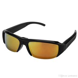 e91677d51d Envío gratis 720 P Gafas Espía Deportes Ocultos Cámara DVR Grabador de  Video Gafas DV Cam Mini Gafas de Sol Cámara Cámara de Seguridad Videocámara  Portátil