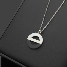 Wholesale Circle Shell - Fate Love white shell and black shell jewelry Necklace Pendant Gold Color Stainless Steel Chain