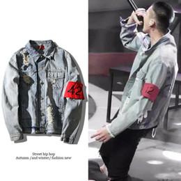 Wholesale Neck Patch - Holes 424 Armband Hip Hop Jacket denim jacket washing do old damaging Big broken men Jackets