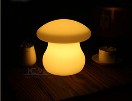 le luci scandinave dell'ufficio principale Sconti LED lampada da tavolo grande fungo luminoso lampada da tavolo bar contatore personalizzato carica lampada heterochrosis bling telecomando