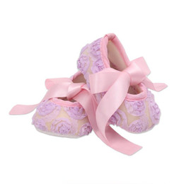 Wholesale Girls Baptism Shoes - Baby girls ribbon bowknot lace shoes 10 colors lace flower toddlers first walkers for 0-2T anti-slip cute toddlers baptism shoes for party