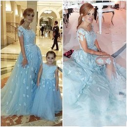 Wholesale Satin Sash Mint Green - 2017 Mint Mother And Daughter Prom Dresses Scoop Neck Lace Appliques Beads Crystal Tulle Long Pageant Party Dress Formal Evening Gowns