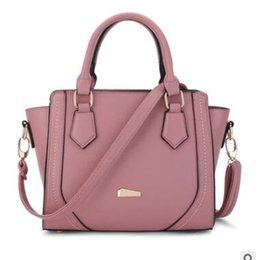 Wholesale Handbag Real - 2017 Spring Smiley Real Leather Tote Bag Women Trapeze Fashion Designer Handbags High Quality Ladies Bags Vintage Crossbody Bags
