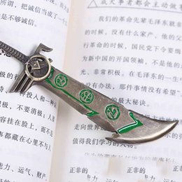 Wholesale Lol Key Chains - Movie & Game KeyChain LOL Assassin's Creed Riven's Blade Keychain Zinc Alloy Pendant Key Chain LOL Games Theme Key Ring Gift